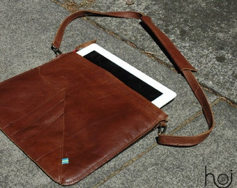 ipad/travel case in leather
