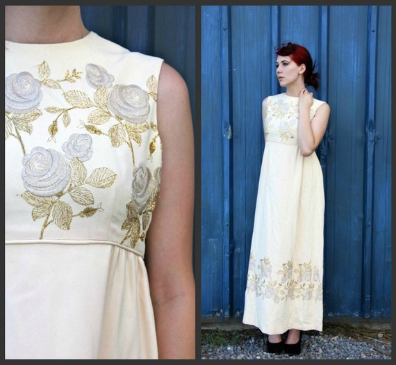 1950's. empire waist. flower embroidered. formal. gown. Sz M/L.