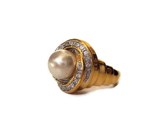 Vintage Pearl and Rhinestone Ring, Costume Jewelry Ring, Large Statement Jewelry Ring, Gold Tone with Swirls, Size 9
