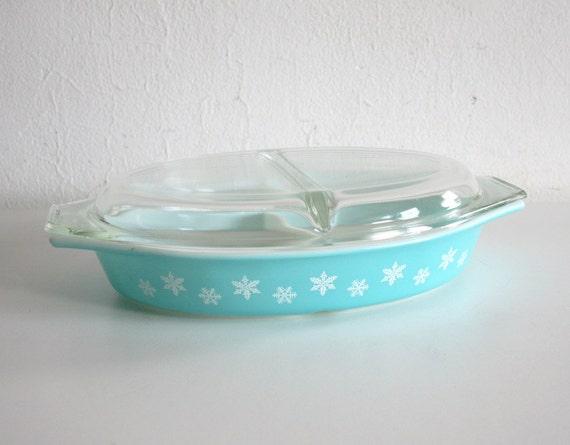 SALE Pyrex Snowflake Casserole Dish