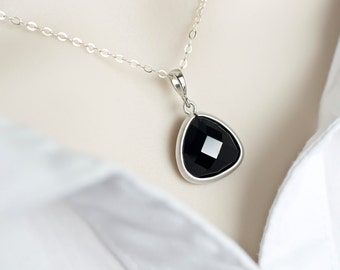 Bridesmaids Necklace - Jet Black Glass Drop with Matte Gold Trimmed Necklace - Bridal Bridesmaid Gifts