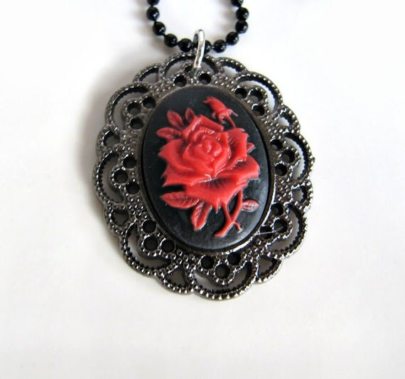 Rose necklace, jewelry, pendant, red rose necklace, gift for her, flower necklace, romantic jewelry, vintage style