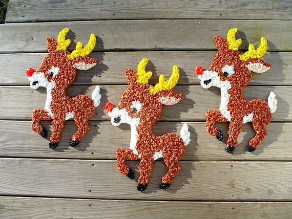 3 vintage 1970s rudolph the reindeer melted plastic popcorn Classic outdoor christmas decorations