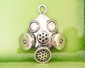 10 silver steampunk gas mask charms pendants gasmask apocalypse zombie dystopia Dr. Doctor Who outbreak mayhem 33mm x 28mm - C1032-10