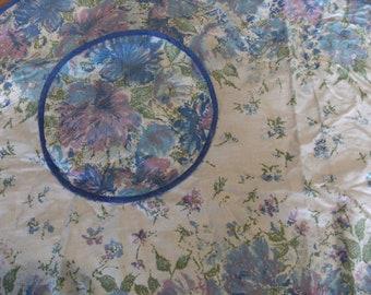 Vintage Flowered Apron with a Pocket