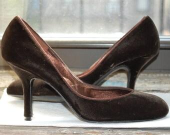 1960s, 60s Brown Velvet Delman Pumps, High Heels, Stilettos - Size 6 1/2