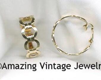 SARAH COVENTRY Vintage FLATTERY Earrings - 1976