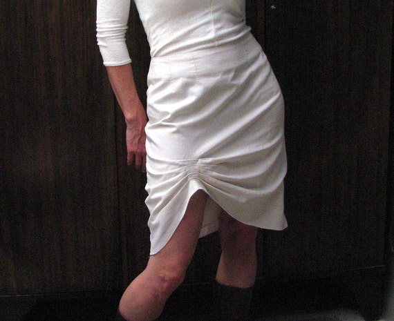 Womens ivory cotton-linen straight skirt with front pleat detail, bamboo lining.