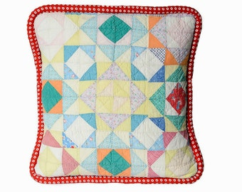 Retro Pillow Cover, 18 Inches, Vintage 1930s Quilt, Graphic Design in Red, Blue, Yellow, White Jumbo Red Bulls Eye Piping, Shabby Chic