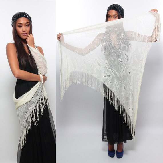 Flamenco Nights - Vintage 70s/80s White Mesh Lace Lightweight Shawl/Wrap/Scarf w/ FRINGE/Rose Motif - One size fits all