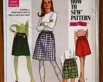 Simplicity 7735 Junior Teens Ladies Skirts in Two Lengths Vintage Sewing Pattern