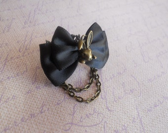 Bunny rabbit ring gothic Lolita fairy tale alice in wonderland