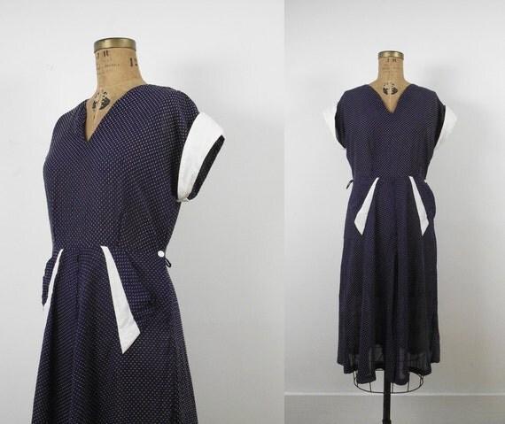 1940s Swiss Dot Dress / 40s Day Dress