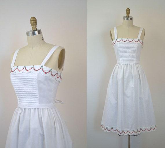 SALE...1970s White Sundress / 70's Lanz Dress