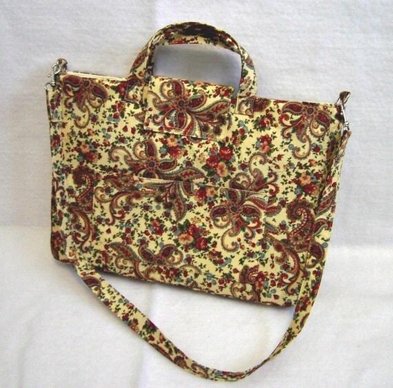 Vintage Cream Paisley Laptop Bag