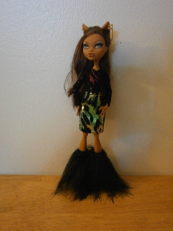 Lace top and skirt set for monster high dolls