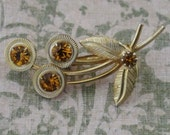 Vintage Pin Gold Tone Flower With Gold Rhinestones Fall Fashion