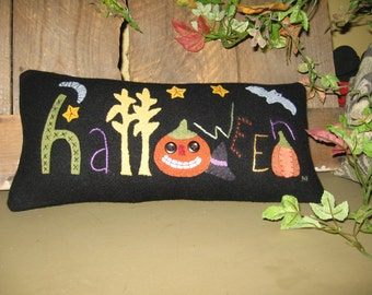 Halloween Pillow w Pumpkins Bat Moon Stars and Cornstalk