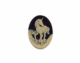 Black Unicorn einhorn cameo Resin Cameo mythological unicorn jewelry findings fantasy horse cameojewelrysupply 25x18 loose unset cab  277x