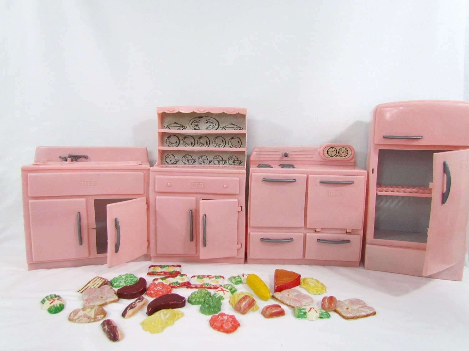 Tico vintage kitchen set with food plastic chldren 39 s toy for Kitchen set vintage
