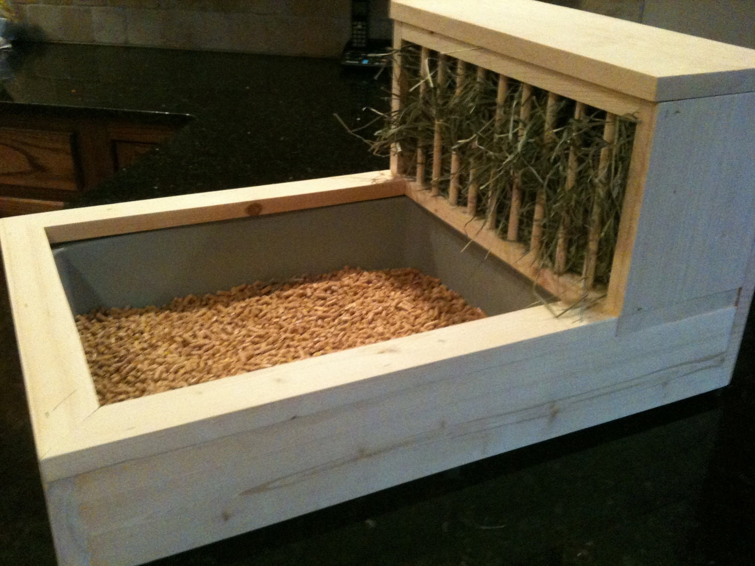 Rabbit Litter Box / Hay Feeder 1 Free Chew/Toss Toy Included