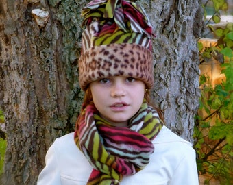 Girls Leopard Fleece Hat and Scarf ....  Girls Fleece Zebra Hat and Scarf Set