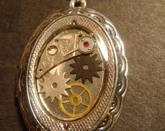 Steampunk Locket Necklace with Gears and Watch Parts - Antique Silver (550)