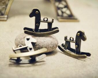 6pcs of Medium Antique Bronze 3D Rocking Horse Charms Pendants Q14-Rd