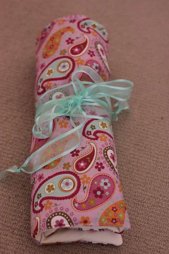 Blythe Doll Carrier - Doll Roll  Pink Paisley
