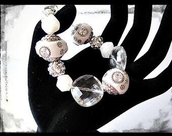 White And Crystal Beaded Bracelet