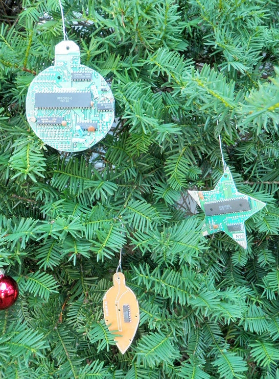 NES Nintendo Circuit Board Christmas Tree Ornaments 3 Piece Set