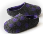 Hand made Slippers for Everyone.  Dark Gray / Violet with Violet Polka Dots.Size EU 39; 40 ready to ship.