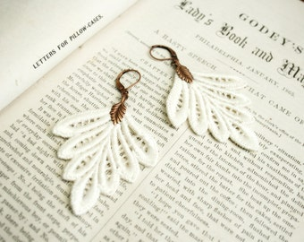 lace earrings -PHILLISE- ivory - ecru - blush