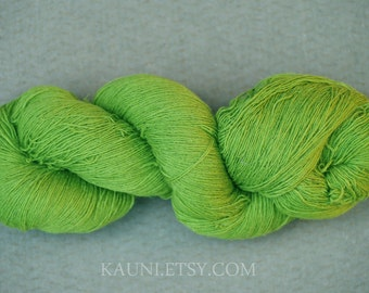 KAUNI 100% Wool Yarn, Spring Green, Fingering 1 ply, dk, Mega-Yardage