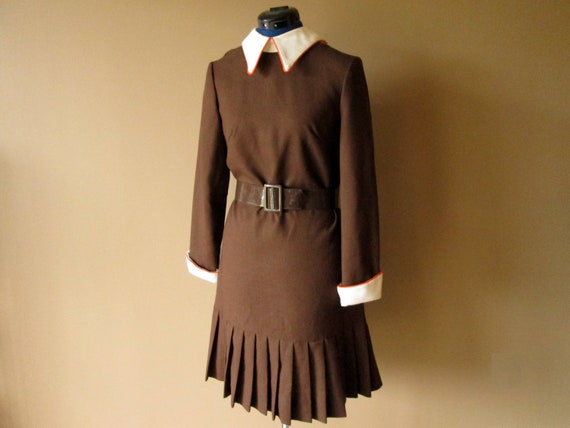 Brown Long Sleeve Pleated Dress, bust 38, waist 34