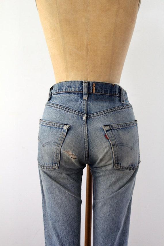 Vintage Levis Denim / 1980s Blue Jeans / Waist 30