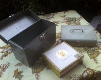 Vintage Silver Colored Metal Gun Metal Gray Portable Traveling Storage Office File Box with Click Latch WAS 20.00 Now ONLY 15.00