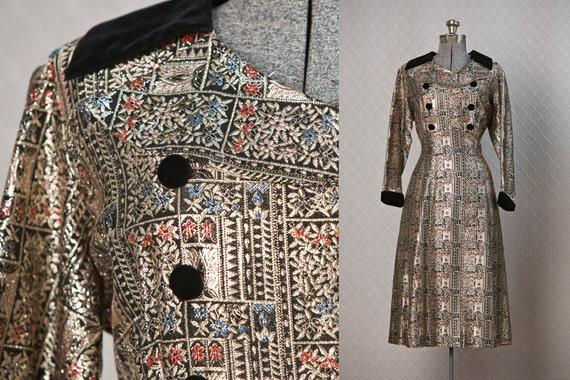Vintage 60s Dress / 1960s Dress  /  Party Dress / Asian Dress