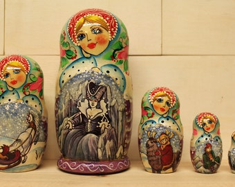 SALE  SALE Babushka Christmas Nesting Dolls  Matryoshka dolls Fairytales set of 5