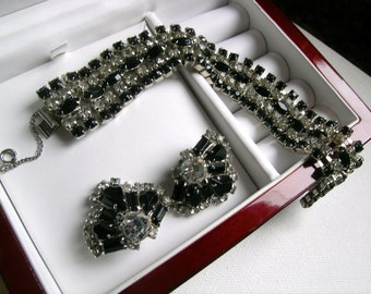 Rhinestone Joseph Warner bracelet and earrings       VJSE