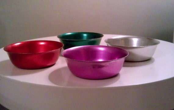 Vintage G.R. Sunburst Aluminum Bowls Made In Italy -  Set of Four