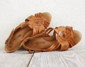 Vintage Tribal Pattern Sandals in Caramel Brown Leather  - size 7 1/2 Wide Width - NellieFellow