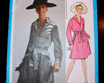 "Vogue Americana Designer James Galanos 1968 Vintage Sewing Pattern Size 12 34"" bust - 1960s  Day Dress"