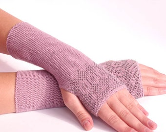 Very soft and cozy woolen beaded fingerless gloves/wrist warmers in vintage lilac color