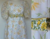 Dress 1970s Formal Daisy Bridesmaid Prom 70s 1970 Floral Maxi Empire Waist Summer Flowers White Yellow Green Floor Length Wedding Vintage