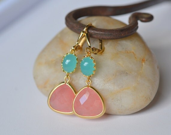 Coral Pink Teardrop and Turquoise Oval Dangle Earrings in Gold. Turquoise Coral Earrings. Drop Earrings. Turquoise Dangle Earrings.