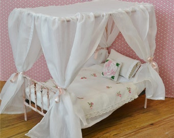 Canopy Bed Doll Bed Victorian Metal Playscale Blythe Barbie Bed