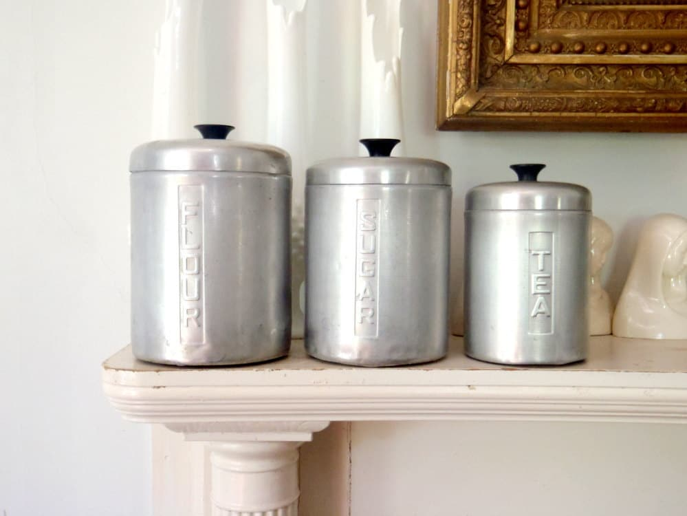 Italian metal kitchen canister set vintage storage tins for Kitchen kitchen set