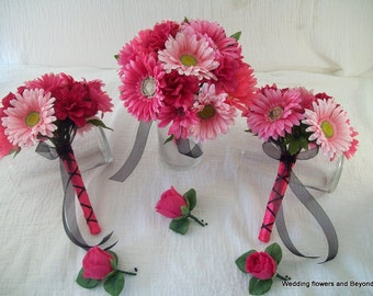 CUSTOM made to order 13 PieCe HoT PiNK aND LiGHT PiNK GeRBeRa DaiSY aND RoSe  WeDDiNG Bouquets BeauTiFuL SHaDeS oF PiNK