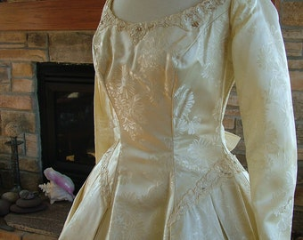 Wedding dress vintage 1950s brocade traditional ballgown lace aplliques pearls